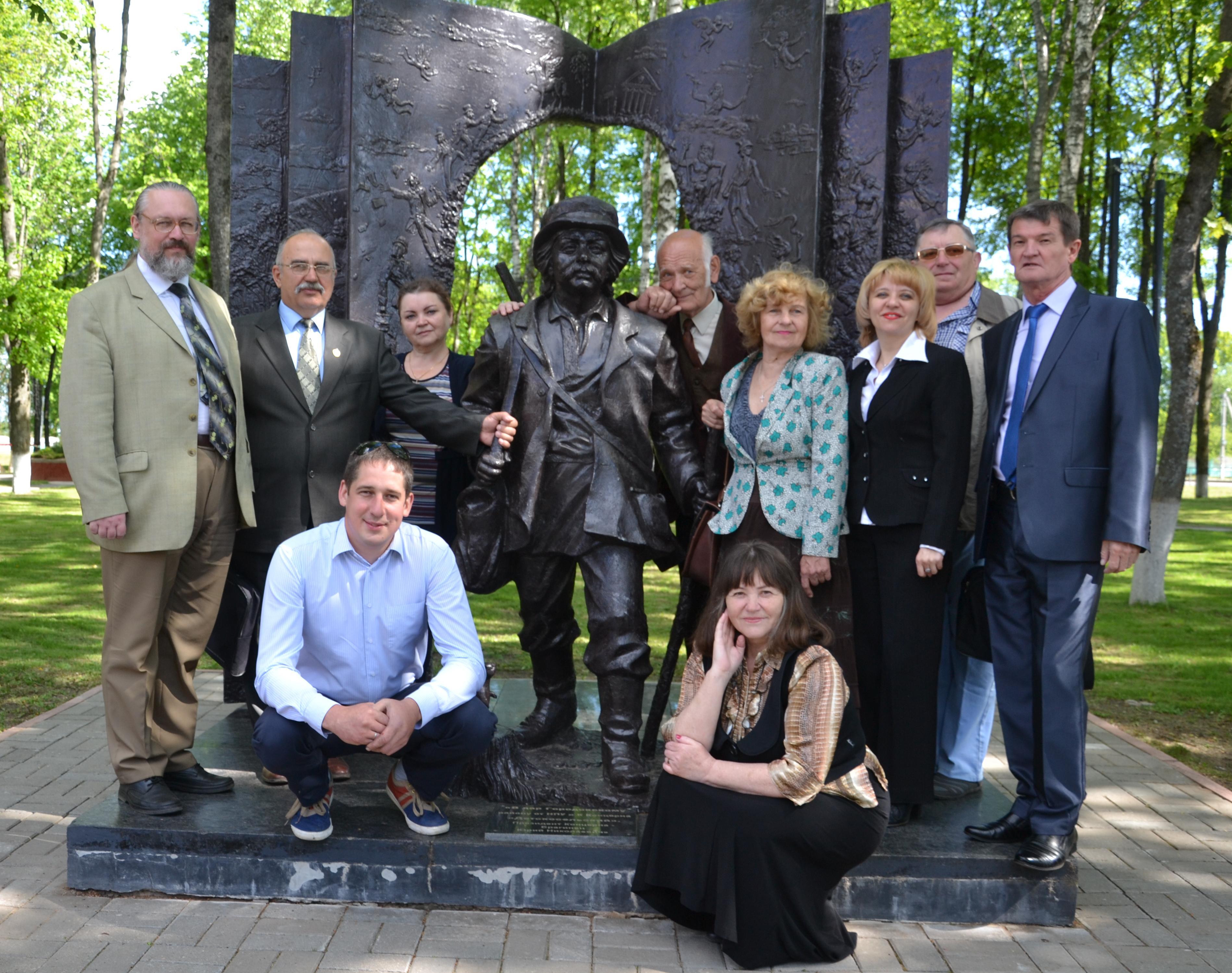 Член союза писателей украины олег олейников